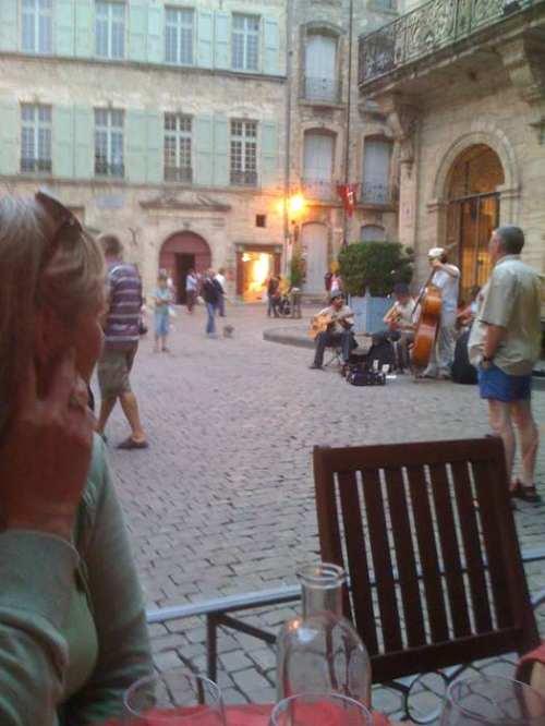 Jazz trio entertaining near the Hotel de Ville